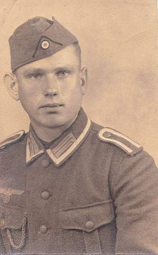 Click image for larger version.  Name:GERMAN WW 2_0001.jpg Views:76 Size:136.7 KB ID:232508