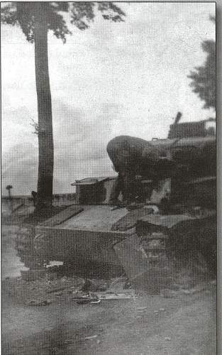 Click image for larger version.  Name:pz III amiens.jpg Views:93 Size:213.4 KB ID:255996