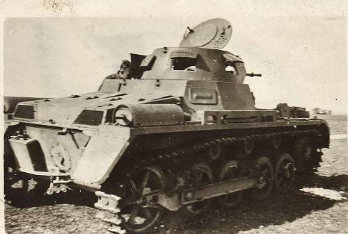 Click image for larger version.  Name:panzer I-1.jpg Views:82 Size:67.8 KB ID:261479