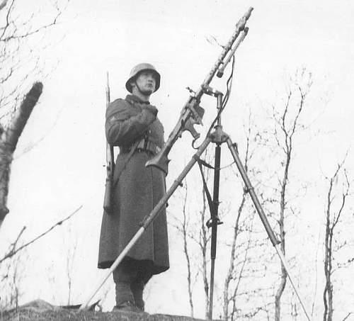German Gebirgsjager machinegunner's album pictures