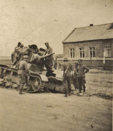 Click image for larger version.  Name:16 inf div t26.jpg Views:67 Size:89.6 KB ID:335655