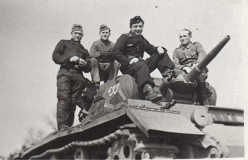 Click image for larger version.  Name:panzer 533.jpg Views:324 Size:85.7 KB ID:349267