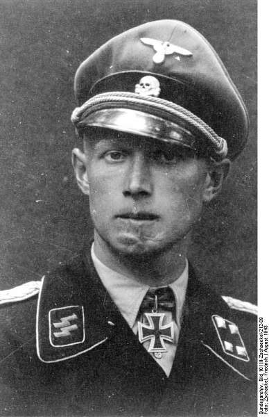 Click image for larger version.  Name:Bundesarchiv_Bild_101III-Zschaeckel-212-09,_Christian_Tychsen[1].jpg Views:5633 Size:64.1 KB ID:401386