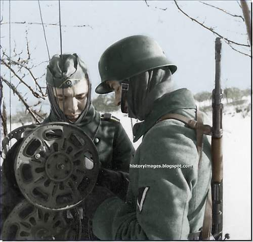 Click image for larger version.  Name:battle-of-moscow-ww2-1941-german-soldiers-signalmen-november-1941_enew.jpg Views:464 Size:196.1 KB ID:403019