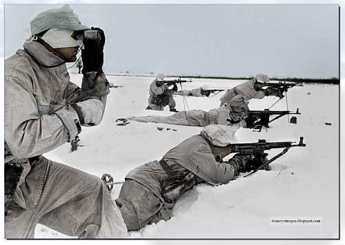Click image for larger version.  Name:ukraine-ww2-1943-44-german-machine-gun--Stg-44-pripyat-february-1944 copy.jpg Views:701 Size:174.3 KB ID:418482
