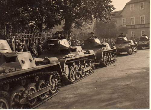 Click image for larger version.  Name:panzers3014.jpg Views:98 Size:109.4 KB ID:49265