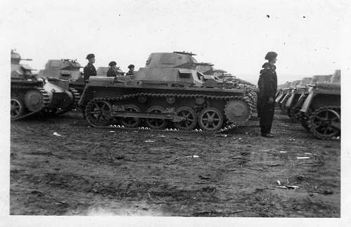 Click image for larger version.  Name:panzers 1012.jpg Views:82 Size:56.1 KB ID:49269