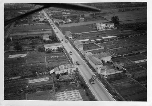 Click image for larger version.  Name:panzers invade poland011.jpg Views:74 Size:178.2 KB ID:49270