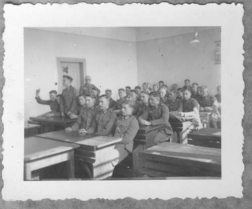 Click image for larger version.  Name:NCO school 02.jpg Views:110 Size:173.0 KB ID:500563