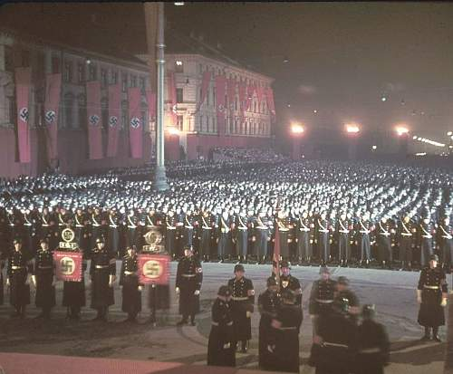 Click image for larger version.  Name:nazi-germany-color-images-pictures-photo-ww2-015.jpg Views:571 Size:125.2 KB ID:505040