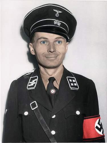 Click image for larger version.  Name:SS-Sturmbannführer.jpg Views:86 Size:119.7 KB ID:508441