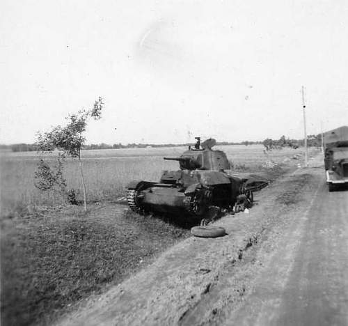 Click image for larger version.  Name:heavy artillary&tanks057.jpg Views:88 Size:28.2 KB ID:52276