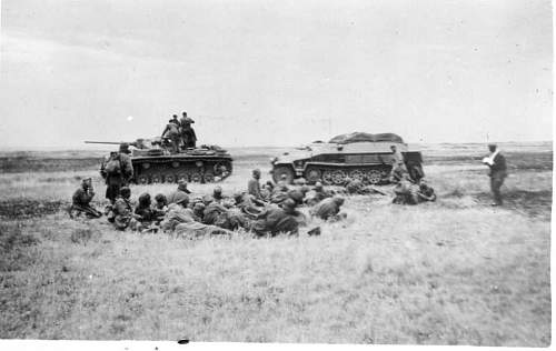 Click image for larger version.  Name:heavy artillary&tanks065.jpg Views:111 Size:39.6 KB ID:52282