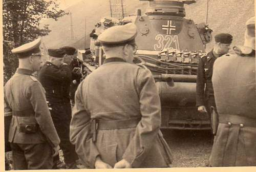 Click image for larger version.  Name:heavy artillary&tanks066.jpg Views:98 Size:37.6 KB ID:52283
