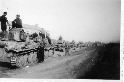 Click image for larger version.  Name:heavy artillary&tanks077.jpg Views:364 Size:39.0 KB ID:53412
