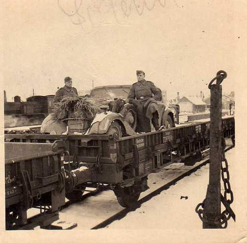Click image for larger version.  Name:heavy artillary&tanks2088.jpg Views:489 Size:41.8 KB ID:53423