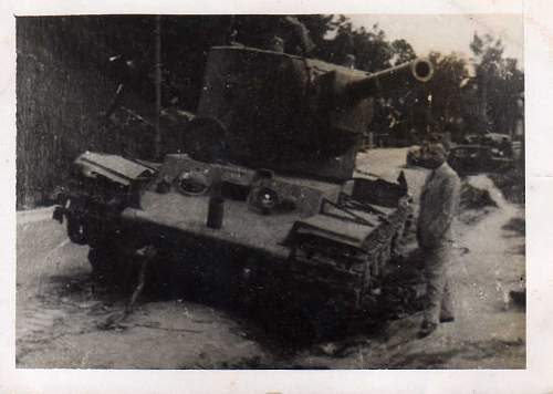 Click image for larger version.  Name:heavy artillary&tanks2108.jpg Views:653 Size:44.2 KB ID:53443