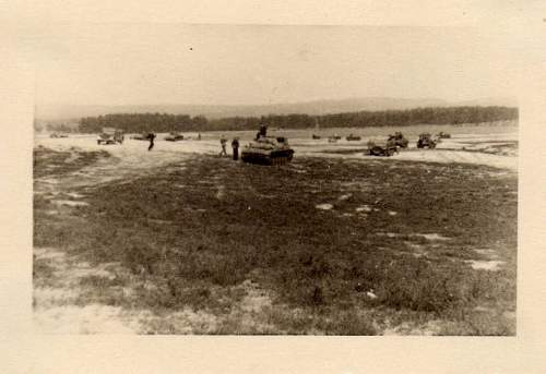 Click image for larger version.  Name:heavy artillary&tanks3001.jpg Views:1094 Size:65.1 KB ID:57723