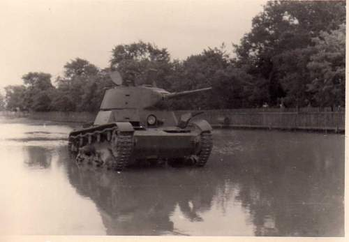 Click image for larger version.  Name:heavy artillary&tanks3003.jpg Views:209 Size:44.9 KB ID:57726