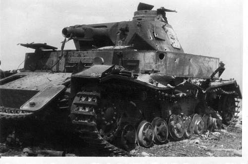 Click image for larger version.  Name:heavy artillary&tanks3004.jpg Views:175 Size:53.4 KB ID:57727