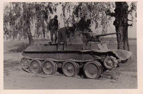Click image for larger version.  Name:heavy artillary&tanks3006.jpg Views:746 Size:64.8 KB ID:57729