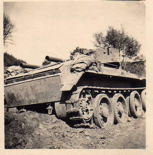 Click image for larger version.  Name:heavy artillary&tanks3013.jpg Views:141 Size:50.7 KB ID:57736