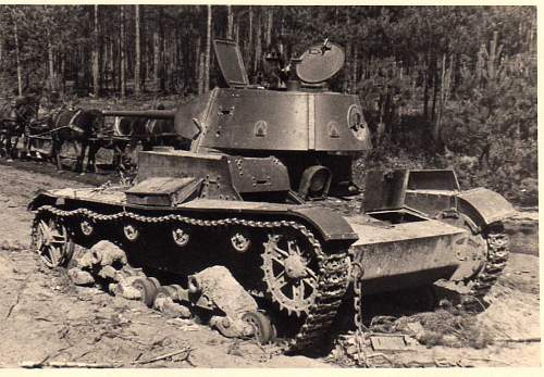 Click image for larger version.  Name:heavy artillary&tanks3014.jpg Views:215 Size:100.6 KB ID:57737