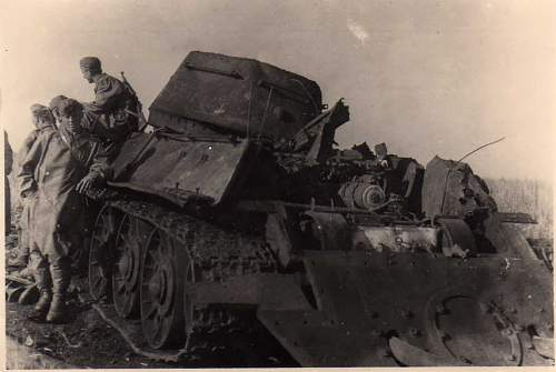 Click image for larger version.  Name:heavy artillary&tanks3020.jpg Views:167 Size:55.6 KB ID:57743