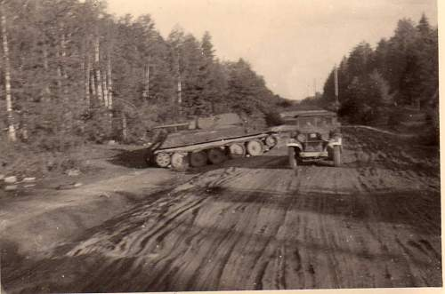 Click image for larger version.  Name:heavy artillary&tanks3027.jpg Views:144 Size:62.1 KB ID:57750