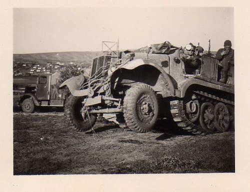 Click image for larger version.  Name:heavy artillary&tanks3058.jpg Views:174 Size:38.8 KB ID:57781