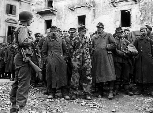 Click image for larger version.  Name:Anzio '44 prisoners.jpg Views:64 Size:196.6 KB ID:601760