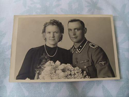 Help with this photo of an SS man