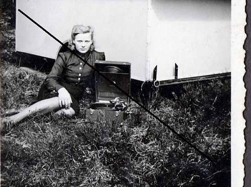 Photo album BDM/HJ/RAD etc, with an Irme Grese lookalike!!!