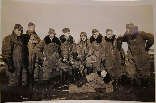 Click image for larger version.  Name:bombers.jpg Views:36 Size:211.6 KB ID:713191