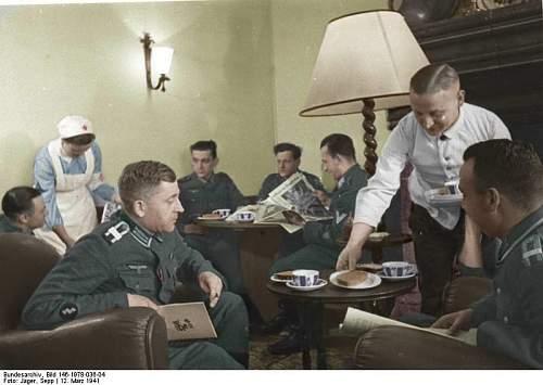 Click image for larger version.  Name:Bundesarchiv_Bild_146-1978-036-04,_Frankreich,_Soldatenheim_6666666.jpg Views:280 Size:168.8 KB ID:736403