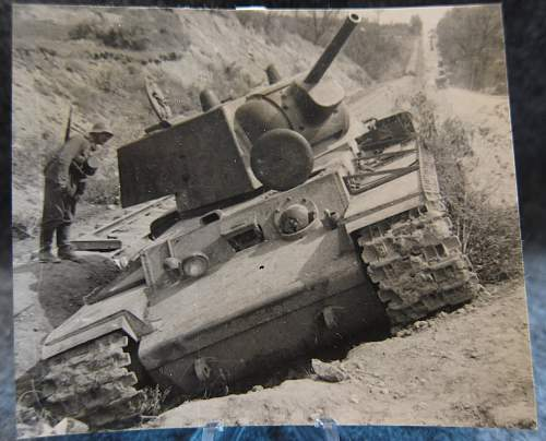 Click image for larger version.  Name:russian_tank.jpg Views:50 Size:313.2 KB ID:764273