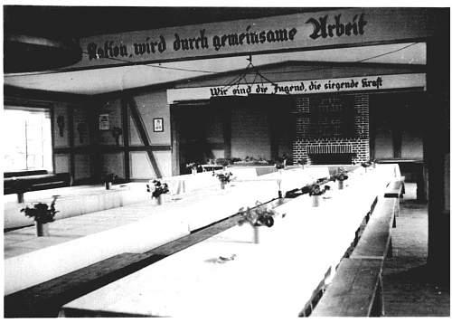 Click image for larger version.  Name:Arbeitsdienstlager Negenborn Gemeinschaftsraum 005.jpg Views:64 Size:78.3 KB ID:770994
