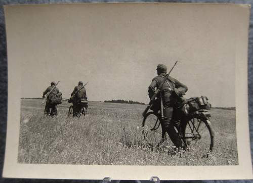 Click image for larger version.  Name:biketroops.jpg Views:15 Size:255.5 KB ID:784447