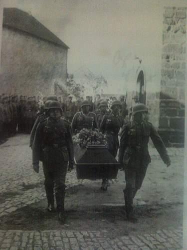 Photos:liutenant, soldier, funeral