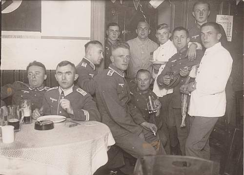 Click image for larger version.  Name:Oktoberfest_Wachtruppe_Berlin_1934-7.jpg Views:52 Size:59.9 KB ID:855055
