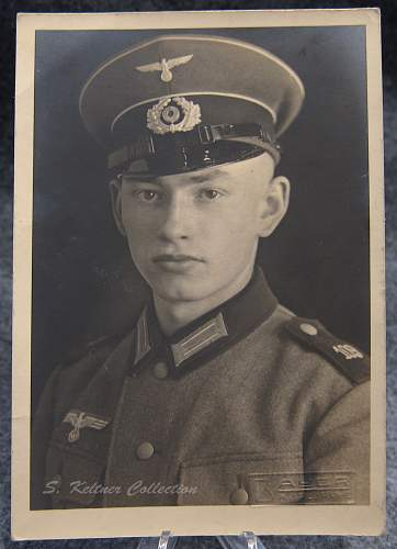 Click image for larger version.  Name:soldierportrait1.jpg Views:166 Size:218.0 KB ID:877790