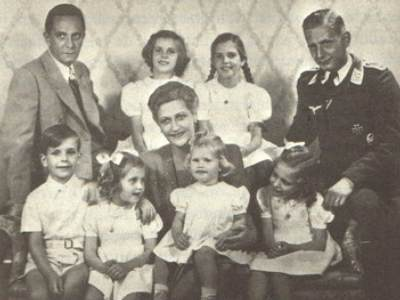 pictures of Magda Goebbels and her children?