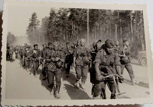 Click image for larger version.  Name:soldiers.jpg Views:96 Size:109.4 KB ID:929047