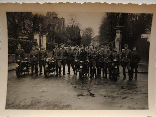 Click image for larger version.  Name:proudbikers.jpg Views:91 Size:182.6 KB ID:929077