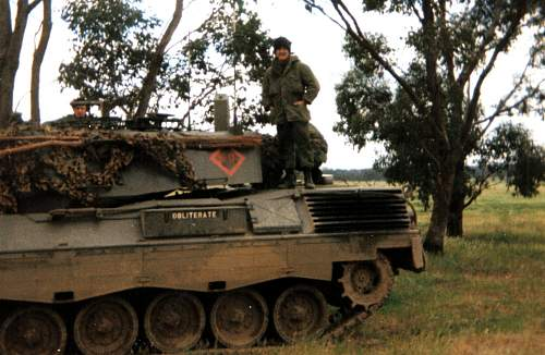Click image for larger version.  Name:Chris Nally driver of OBLIDERATE COs Tank 1978.jpg Views:396 Size:249.1 KB ID:96206