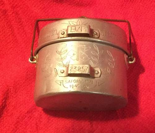 An italian mess kit decorated by a german POW
