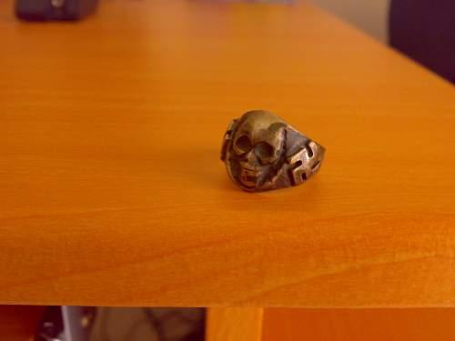 Skull ring, fake but what?
