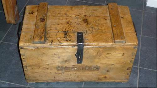 Can anyone help identify this ammo crate?