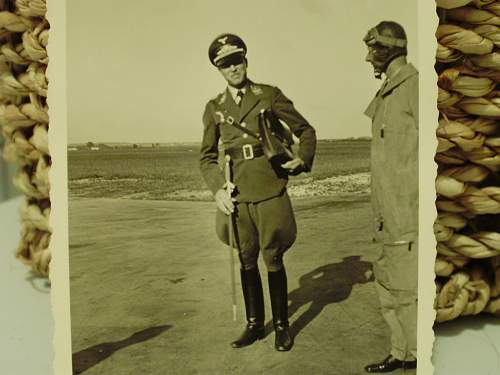 Searching Luftwaffe portraits and pictures