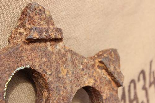 WW1 or 2 Tank drive wheel (maybe Panzer) or Artillery tractor / h track : unknown country of origin